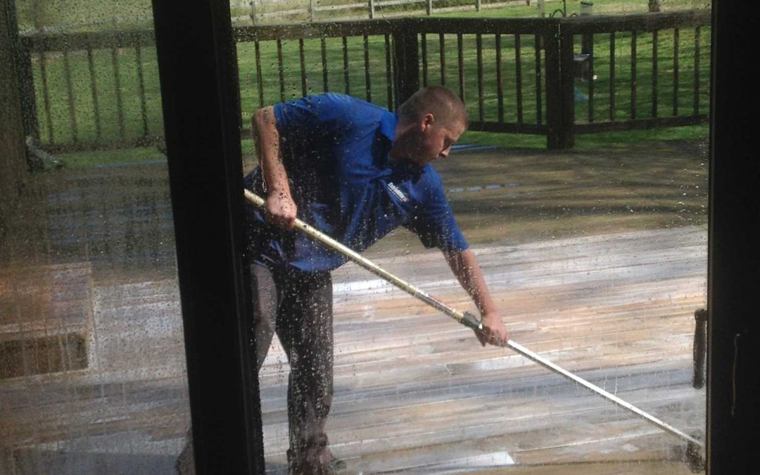 Go the Extra Mile When Hiring a Pressure Washing Company